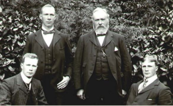 Andrew Pettigrew family with WIlliam, Hugh and Adrew Pettigrew