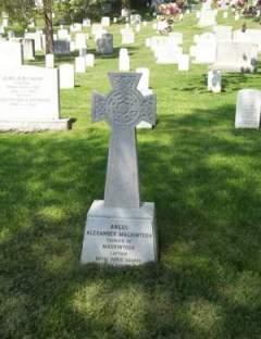 Mackintosh Grave Arlington Cemetery