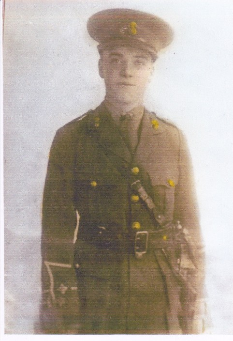 2nd lt vivian llewellyn in uniform after his commission c. 1917