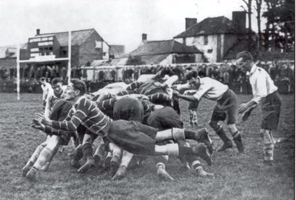 Maurice Turnbull playing scrum half