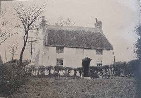 Cross Cottage, 1883, which used to be on the coorner of Albany Road (Merthyr Road) and Penylan Road.