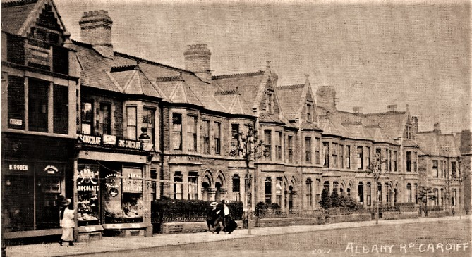 Albany Road at its junction with Wellfield road early 1900's .Corner properties demolished 1914 for construction of Penylan Cinema