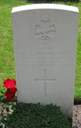 Emrys James Thomas headstone
