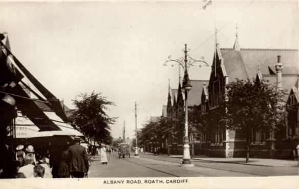 Albany Road with Albany Road School on right