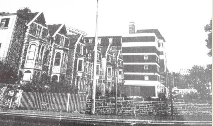 Glossop Terrace