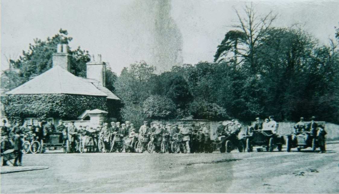 Roath Court Lodge around 1904 and probably a meeting of an automobile club