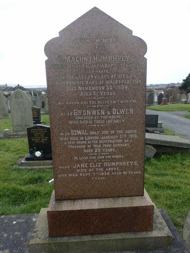 Idwal Humphreys headstone Llanelli