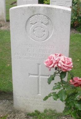 Gerald Edgar Rule 1917 headstone